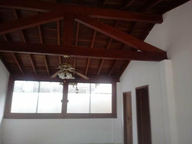 Alugo ótima casa contendo 4 quartos, prox Universidade Pacífico nova - Foto 3