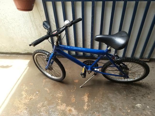 Vendo bicicleta aro 20 td funcionando wats * passo débito e crédito nao parcelo