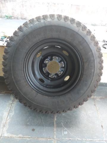Roda e pneu - Foto 3