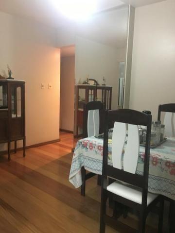 Excelente apartamento mobiliado no centro da cidade - Foto 2
