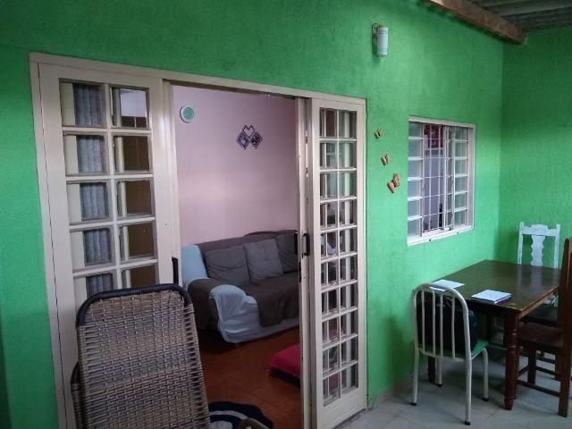 Vendo ótima casa de 3 quartos na QR 429 - Foto 2