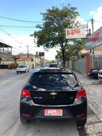 CHEVROLET ONIX 2017/2018 1.4 MPFI LTZ 8V FLEX 4P AUTOMÁTICO - Foto 6
