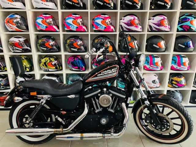 Harley Davidson XL 883R - 2011