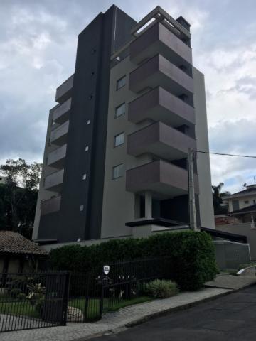 Apartamento em Joinville, Zona Norte
