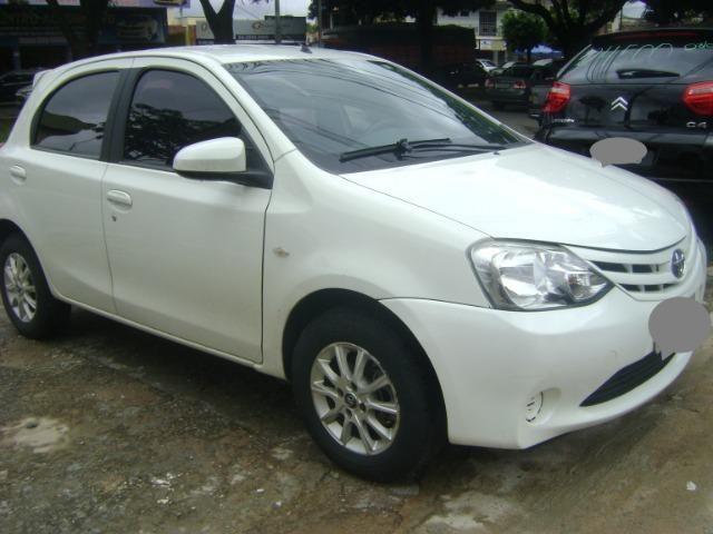 Toyota Etios 1.3 x 2014/2014 3519-1102 Simone - Foto 7