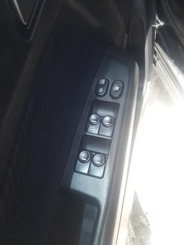Hhb20s na cor preta 1,6 com faróis novos - Foto 10