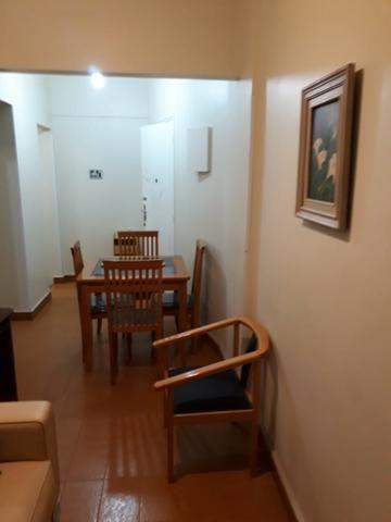 Apartamento padrão, bem conservado no bairro José Menino! *CÓDIGO 474