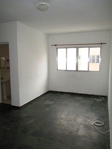Aluguel - Apartamento de 02 Quatos - Próximo à Unimed - Ed. Village do Itaboraí - Foto 4