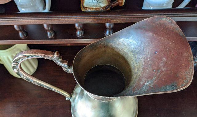 Linda jarra antiga material bronze e cobre - Foto 4