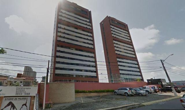Apartamento em Capim Macio com 3 quartos e 2 vagas de garagem