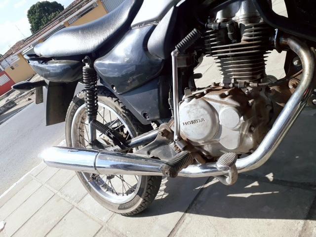 Escape de moto titan 125 - Foto 3