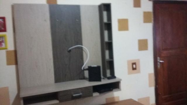 Painel para tv com gaveta e nichos