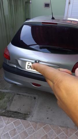 Vendo Peugeot 206 R$9.500 parcelo no cartão - Foto 9
