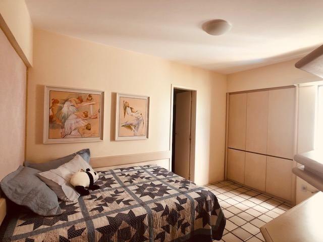Apartamento Beira-mar 4 quartos, 2 suítes e 3 vagas, super conservado - Foto 11