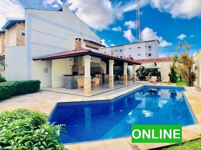 Casa Duplex em condomínio na Lagoa Redonda com 3 suítes, 2 vagas
