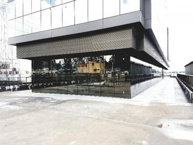 Loja comercial frente para rua 355m² + 10 vagas cobertas no PRÉDIO COMERCIAL alto padrão s