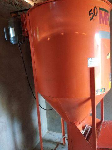 Misturador de ração 300 kilos - Foto 2
