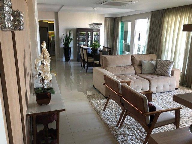 Apartamento com 3 suítes para venda em Edifício Premiato