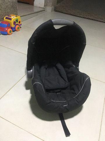 Bebê conforto galzerano semi-novo