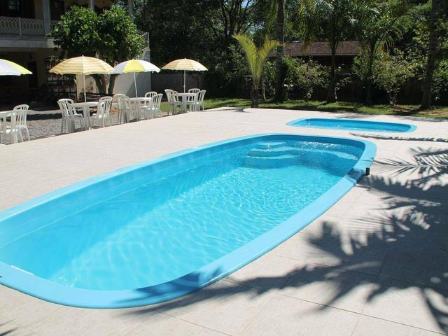 Aluguel Temporada casa Itapoá SC* p/ 30 pessoas. piscina 9 quartos, 6 banheiros, cozinhas  - Foto 2