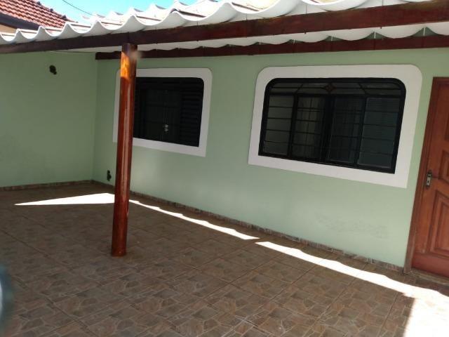 Casa residencial com 3 quartos, no Centro da cidade