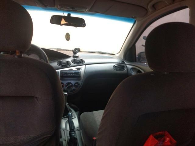 Ford Focus Hatch 1.6 8v - Foto 4