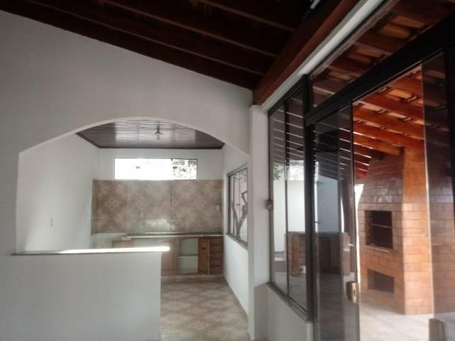 Alugo ótima casa contendo 4 quartos, prox Universidade Pacífico nova - Foto 4