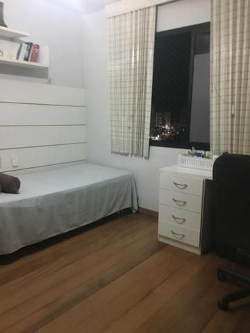 Excelente apartamento mobiliado no centro da cidade - Foto 6