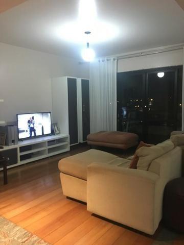 Excelente apartamento mobiliado no centro da cidade - Foto 5