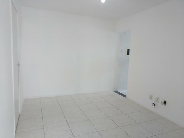 Aluga-se Apartamento Condomínio Bela Vista - Foto 2