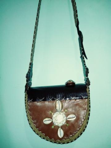 867cd1fe0 Bolsa de couro legitimo artesanal feito à mão - Bolsas, malas e ...
