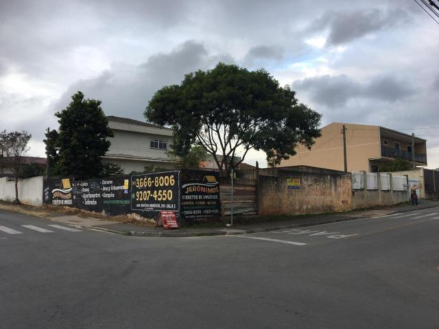 Vende-se terreno comercial de esquina em Colombo medindo aprox. 240m² - Foto 2