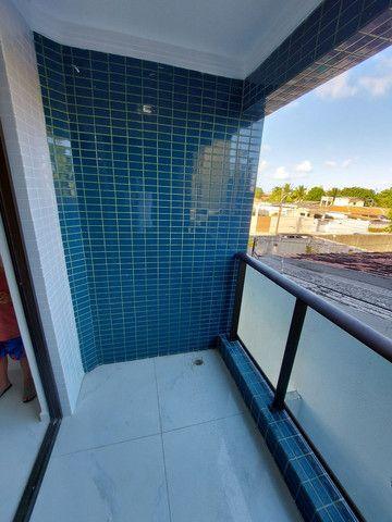 Apartamento nos BANCÁRIOS, com varanda, 2 quartos 1 suite, Próx.Colégio GEO  - Foto 5
