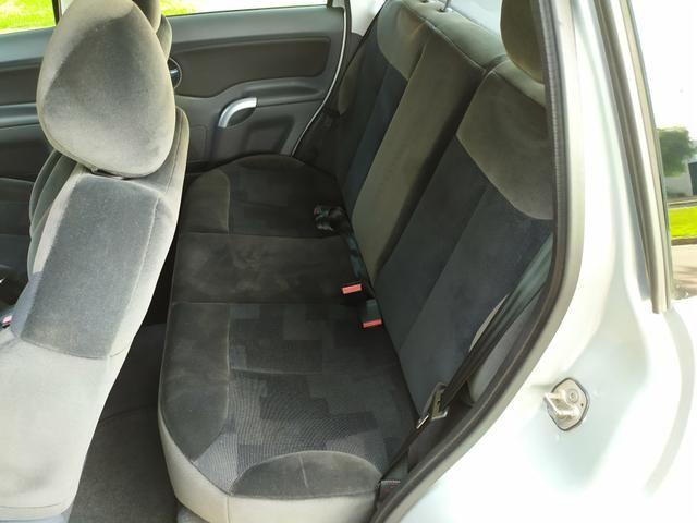 Citroen C3 1.4 Exclusive 2008 Baixo Km. Financio !!!! - Foto 7
