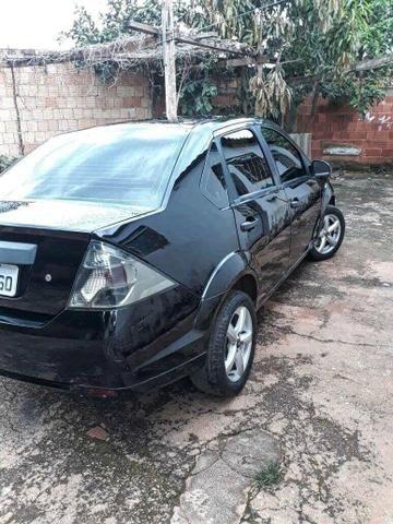 Fiesta 1.0 completo 2012 - Foto 4