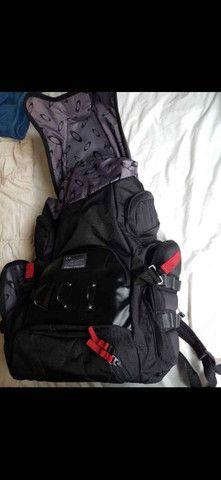 A Mochila Oakley Big Kitchen Backpack 35L Black  - Foto 2