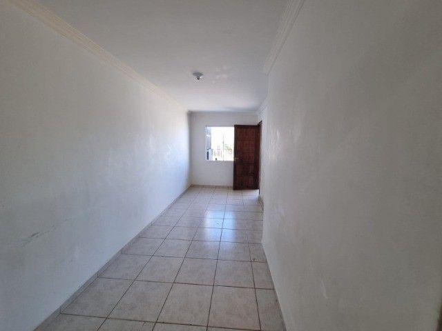 Residência na vila Cristina , 2 quartos ,garagem, gradil de 145 mil por 120 mil - Foto 6