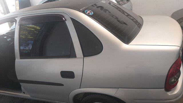 Corsa Sedan Wind 1.0 Gasolina - Foto 9