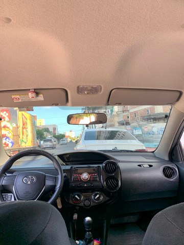 Toyota Etios 1.3 X 16v Flex 5p Manual 2018  - Foto 5