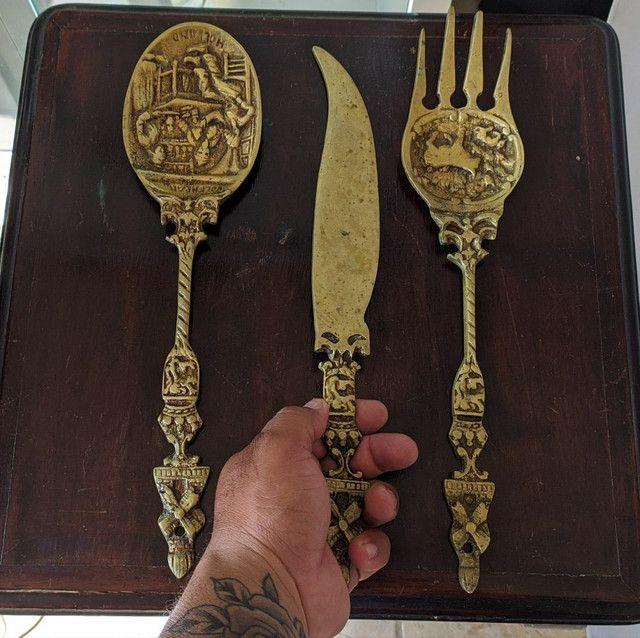 Lindos jogo de colher garfo e faca de bronze antigos - Foto 3