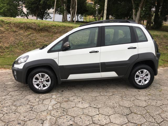 BARBADA LINDO FIAT IDEA ADVENTURE DUAL ANO 2014 IMPECÁVEL!