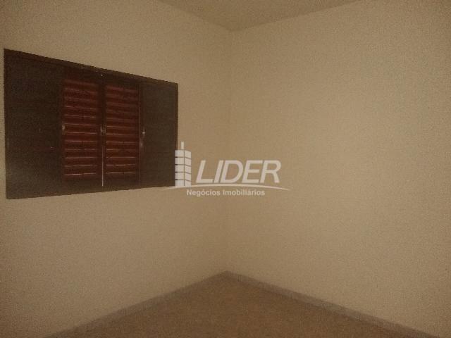 Casa para alugar com 3 dormitórios em Planalto, Uberlândia cod:863301 - Foto 13