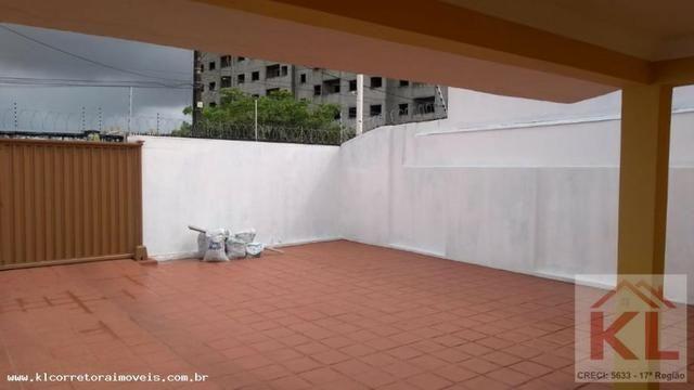 Linda casa, 3 quartos(2 suites), cerca e portão eletrônico, próx. a Leroy Merlin - Foto 3
