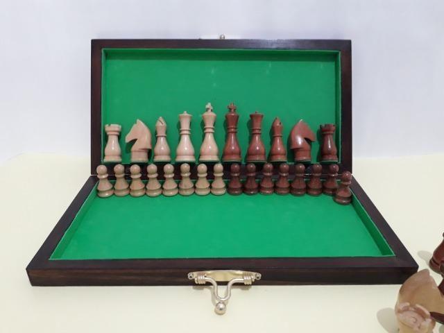Tabuleiro de xadrez em madeira - Foto 2