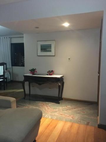 Excelente apartamento mobiliado no centro da cidade - Foto 4