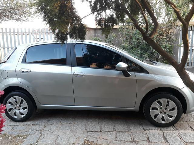 Fiat Punto Attractive 1.4 8V 2015 IMPECÁVEL! - Foto 5