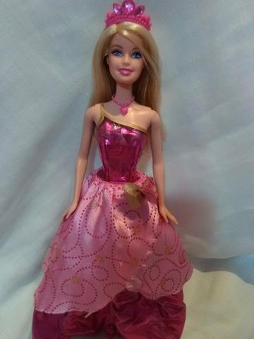 Boneca barbie filme escola de princesas - Foto 2