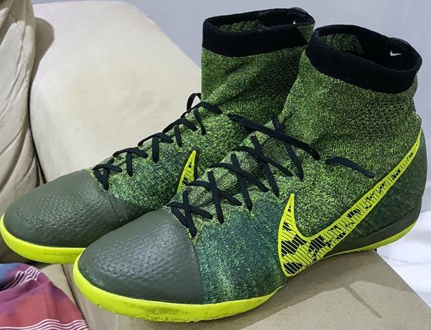 4adc5ce33ca Chuteira botinha Nike - Roupas e calçados - Zaniolo