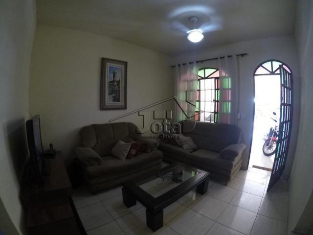 Casa no Bairro Vila Bretas em Gov. Valadares - MG - Foto 2