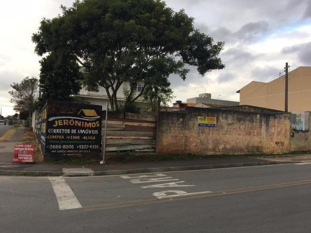 Vende-se terreno comercial de esquina em Colombo medindo aprox. 240m² - Foto 4